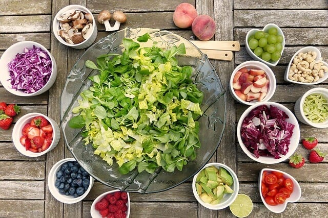 Read more about the article 10 foods you should eat every day